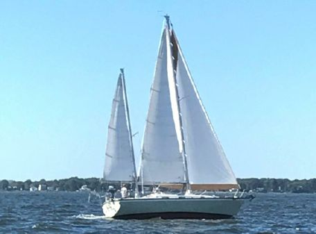 Pearson 365 Ketch image