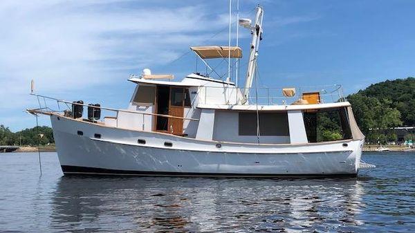 Kadey-Krogen 42 PH Krogen Trawler