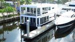 Global Boatworks Luxuriaimage