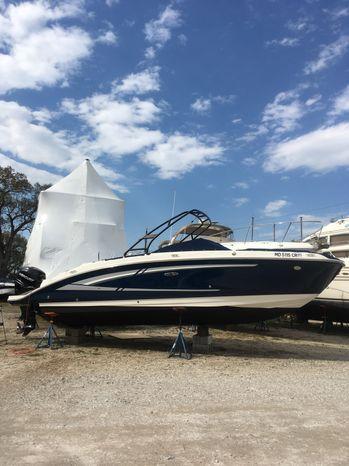 2016 Sea Ray 270 Sundeck Outboard SHADY SIDE, Maryland - Clarks Landing