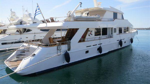 Custom Yacht 100 - Steel