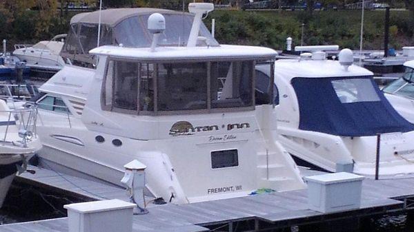 Sea Ray 420 Aft Cabin