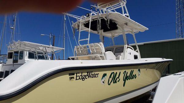 Edgewater 318CC