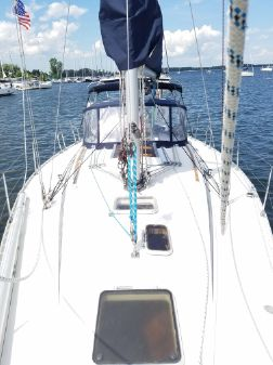 Beneteau First 405 image