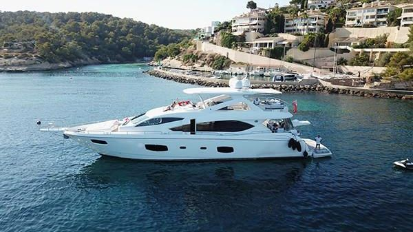 Sunseeker Flybridge Motor Yacht