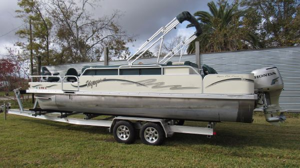 Voyager Pontoons 25 Super Fish & Cruise