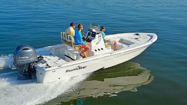 NauticStar 227 Bay