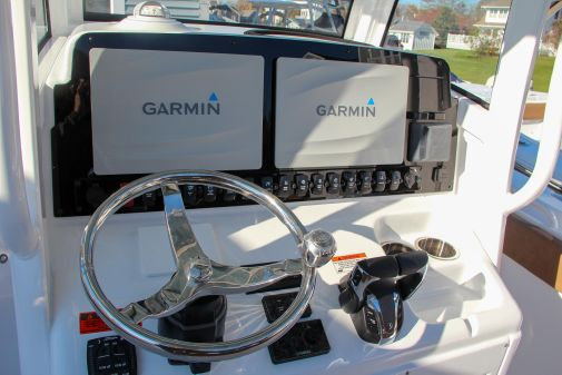 Sea Hunt Gamefish 27 image