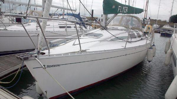 Beneteau First 32s5