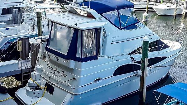 Carver 36 Motor Yacht