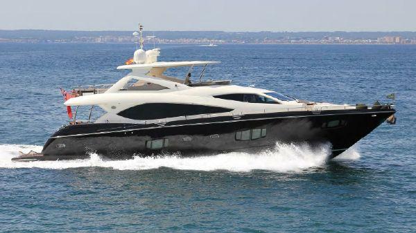 Sunseeker Flybridge Motoryacht
