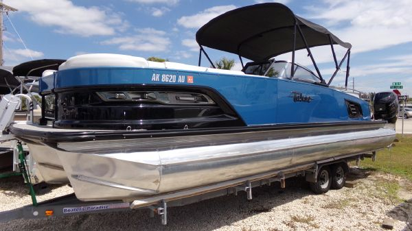 Tahoe Pontoon Grand Tahoe Elite Windshield 27'