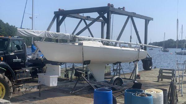 Ontario Yachts Sonar