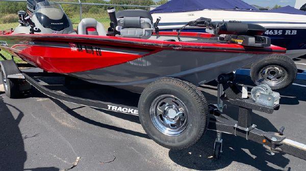 Tracker Pro Team 175 TXW