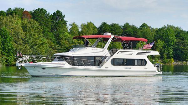 Bluewater 55 Coastal Cruiser