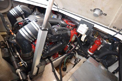 Regal 280 Express image