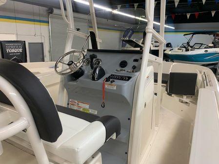 Bayliner T22CC image