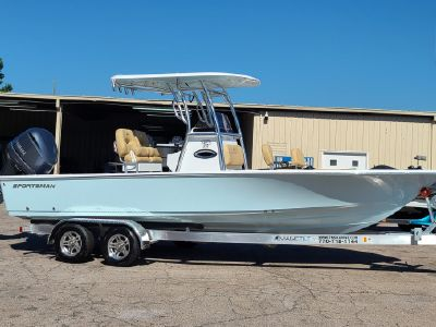 2021 Sportsman<span>Masters 247 Bay Boat</span>