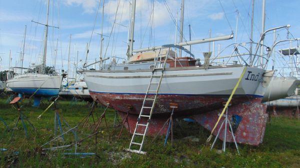 Custom North Island Marine 33