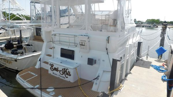 Cruisers Yachts 39 aft cabin
