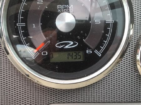 Regal 2550 Cuddy image