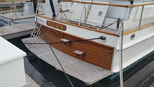 Grand Banks 42 Classic w/ Seakeeper image