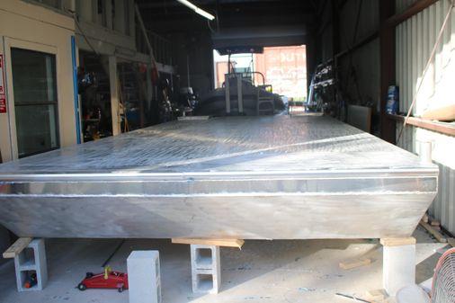 Barge 10 x 25 image