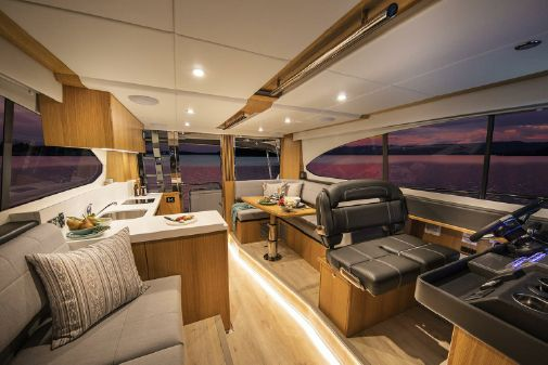 Riviera 39 Open Flybridge image
