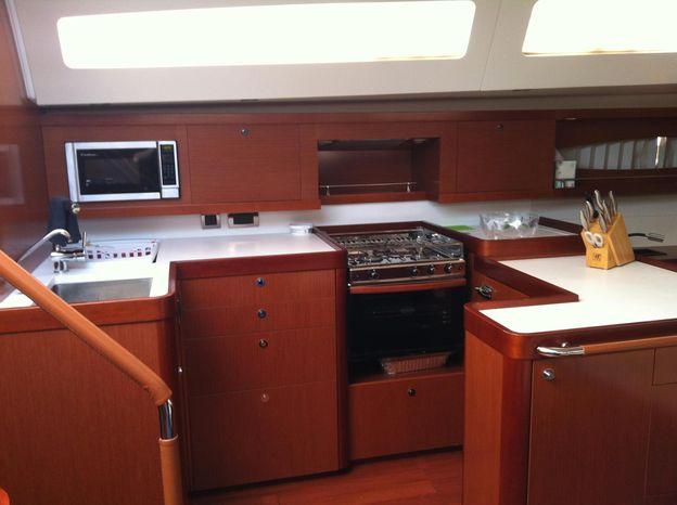 2011 Beneteau Oceanis 58 Buy Rhode Island
