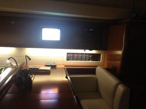 2011 Beneteau Oceanis 58 Broker New England