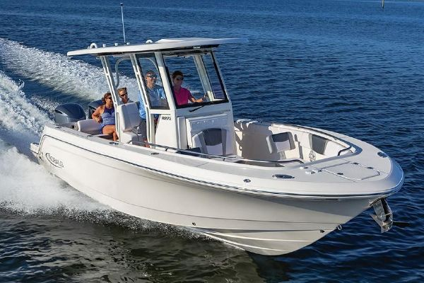 Robalo R272 Center Console - main image