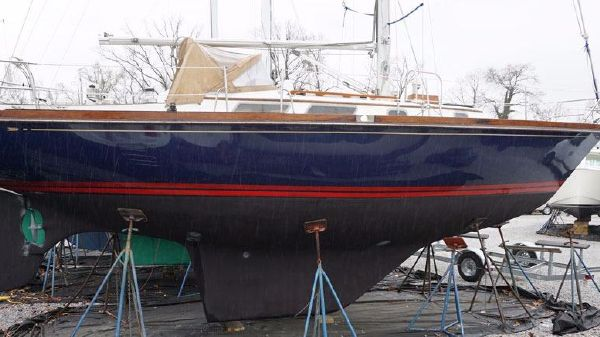 Bristol 35.5 Sloop hull