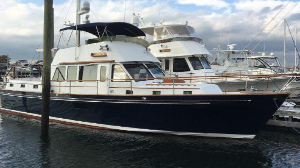 Lyman-Morse Hunt Custom Motoryacht
