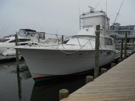 Hatteras 45 Convertible w 500 HRS image