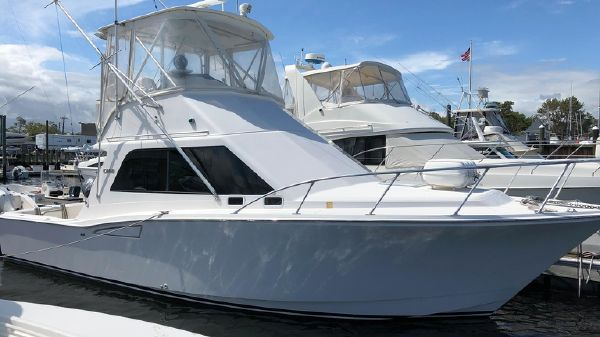 Cabo 35 Flybridge w 1080 HRS