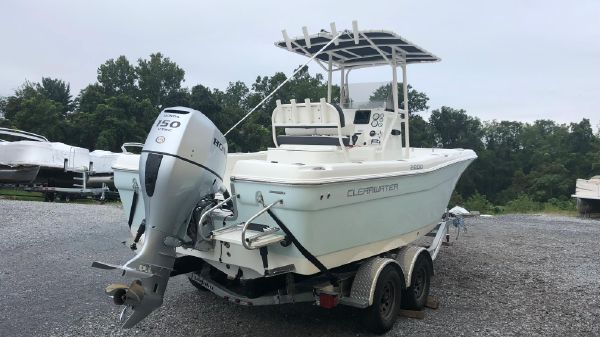 Clearwater 2200 Center Console