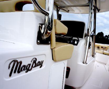 Mag Bay 33 image