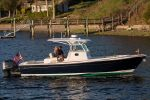 Hunt Yachts Center Console 32image