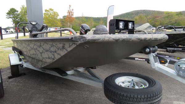 Gator Tail 1750 Savage