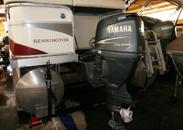 Bennington 2075GL image