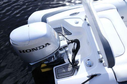 Walker Bay Generation 11 LTE image
