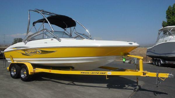 Seaswirl 210 Bowrider