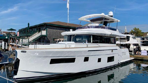 Sirena Yachts 58
