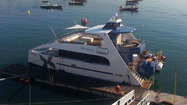 Catamaran powercat 19
