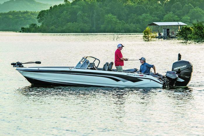 2020 Ranger 621cfs Pro Touring W Minn Kota Charger Boat