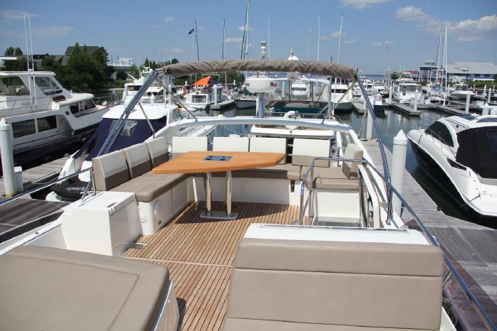 2014 Prestige 550 BoatsalesListing Rhode Island