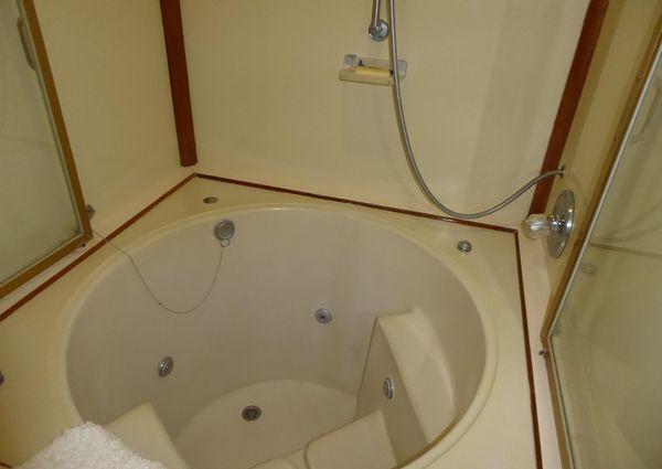 Vantare 58 Flush Deck Motor Yacht image