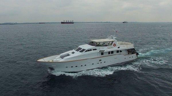 Azimut Motor Yacht image