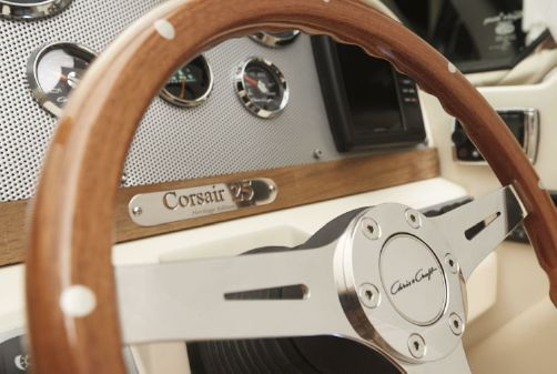 Chris-Craft Corsair 27 image