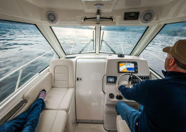Boston Whaler 285 Conquest Pilothouse image